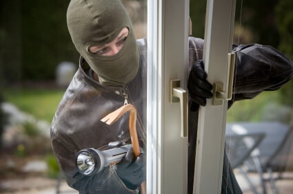 10 Powerful Tips to Protect Your Home From Thieves